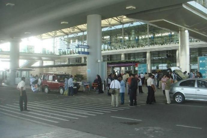 أبوظبي تفاوض لشراء 49% من مطار حيدر آباد بالهند