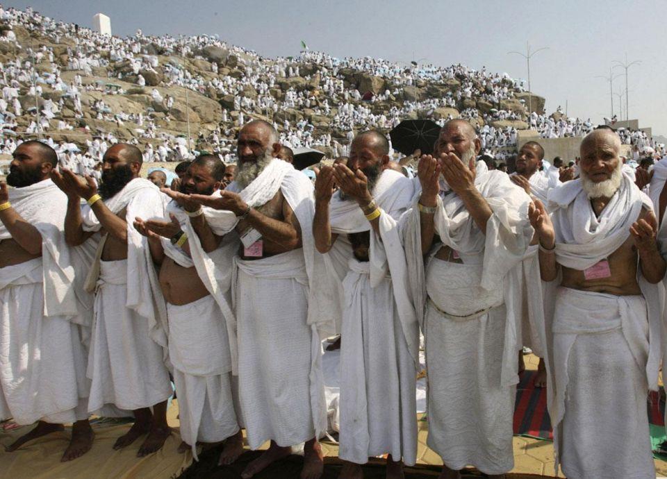 السعودية تعيد 400 ألف أرادوا الحج دون تصاريح