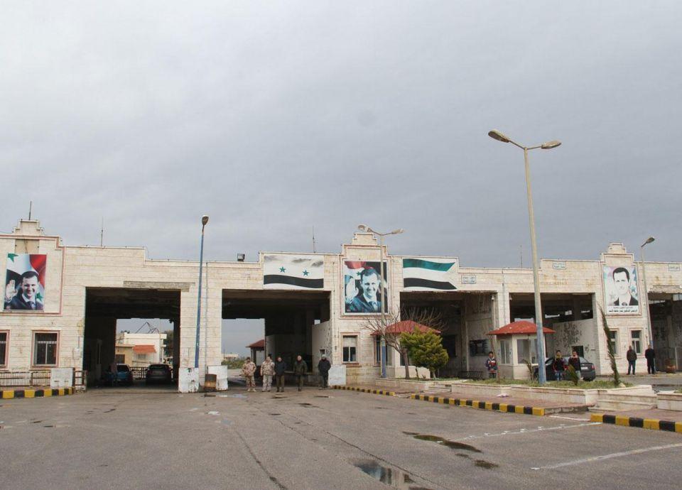 بعد التوقف لسنوات.. عبور شاحنات سورية وعراقية للأردن