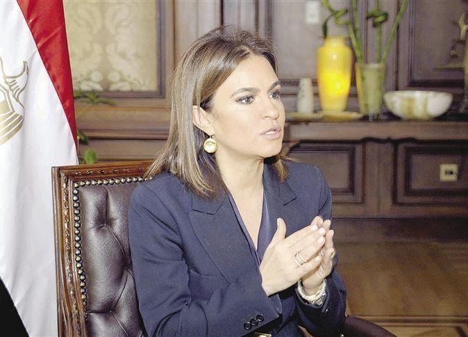 مصر توقع اتفاقين مع الصين لتنفيذ مشروعي قطار وقمر صناعي