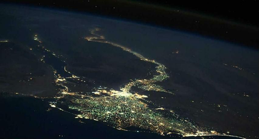 صورة فضائية مذهلة تظهر كيف تبدو مصر ليلاً