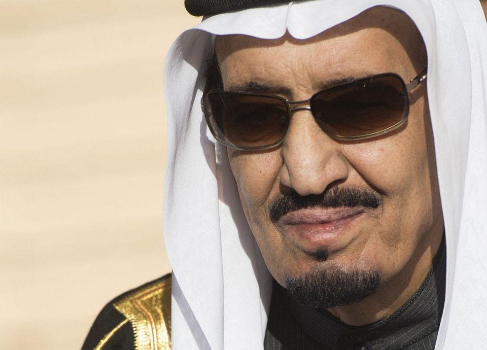 السعودية توقع اتفاقات مع روسيا أثناء زيارة الملك سلمان