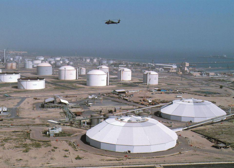 الكويت تقلص أعداد الأجانب في القطاع النفطي