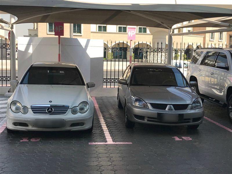 شرطة دبي توفر مواقف خاصة للنساء في مراكزها