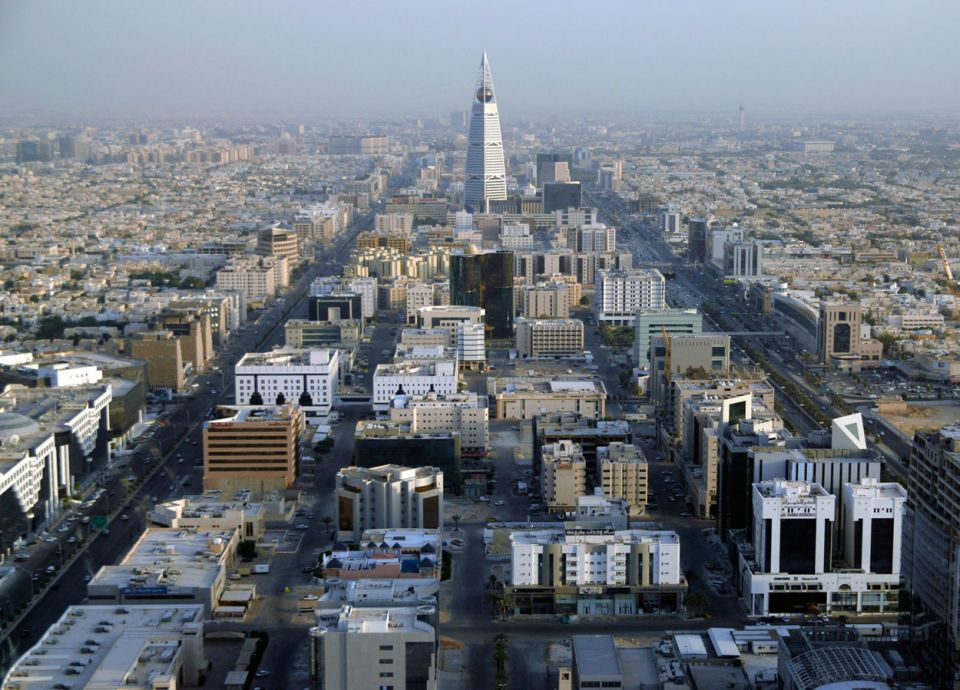90 % من الشركات تتحايل على توظيف السعوديين