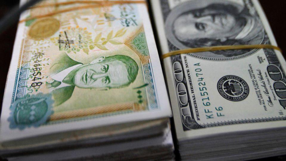 الدولار دون الـ500 ليرة سورية