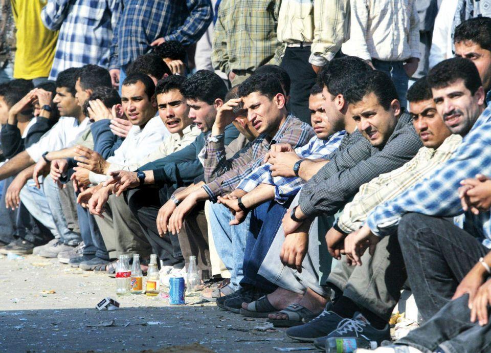 انخفاض غير مسبوق في طلب العمالة المصرية