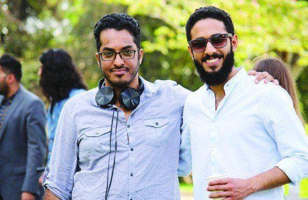 """مسلسل """"Cut"""" ..حياة مليئة بالمفاجآت لأربعة شبان سعوديين يدرسون في هوليوود"""