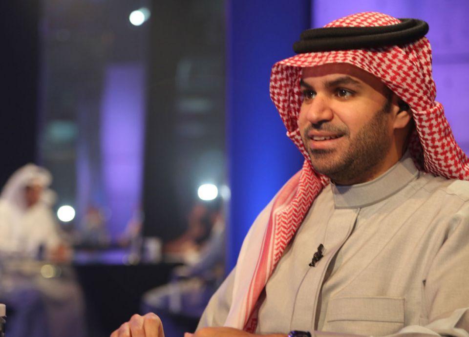 وزير سعودي يقاضي إعلامي مشهور لادعائه وجود عصابات بوزارته