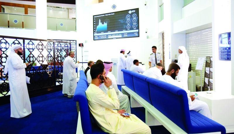 عودة الأخضر إلى أسواق المال الإماراتية بدعم من العقارات