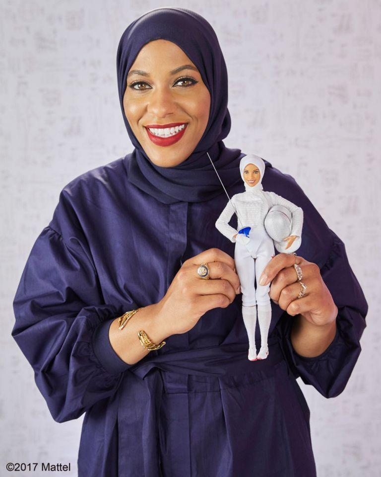 """""""باربي"""" ترتدي الحجاب لأول مرة"""