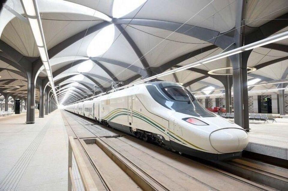 انطلاق أولى رحلات قطار الحرمين بين مكة وجدة