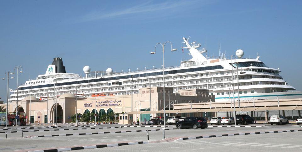 كريستال كروزس تدشن أول رحلاتها الإقليمية إنطلاقاً من دبي