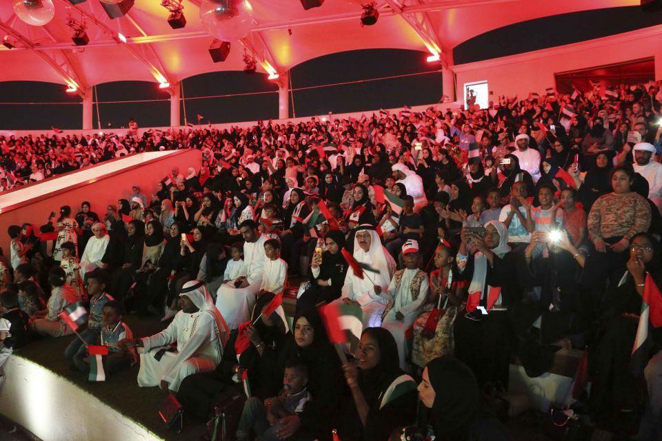 جزيرة العلم بالشارقة تستقبل 4 آلاف شخص باحتفالات اليوم الوطني
