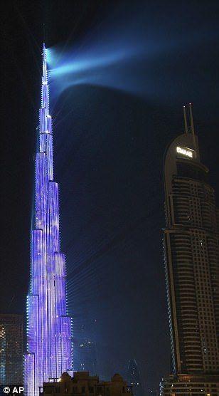 #دبي تبهر العالم في احتفالية العام الجديد بعرض يدخل موسوعة غينيس