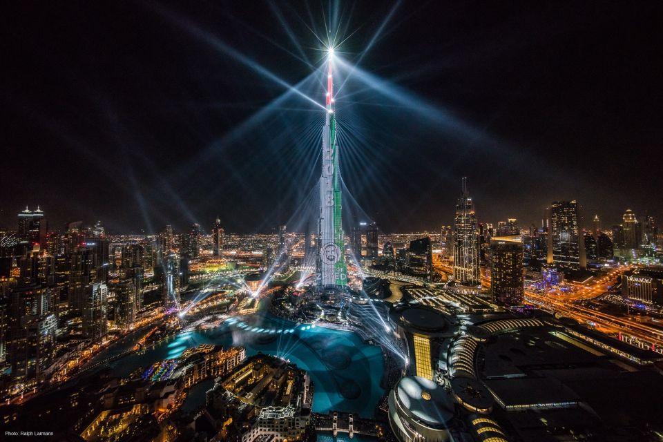 عروض الليزر مستمرة في وسط مدينة دبي حتى نهاية شهر مارس