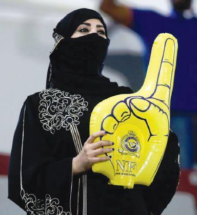 نساء السعودية في الملاعب ... جدة جاهزة  ... والرياض تستعد