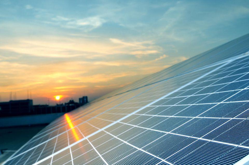 ارتفاع قيمة عقود مشاريع الطاقة في الخليج 41% خلال 2018