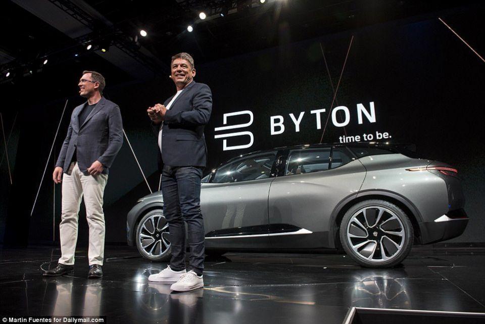 بيتون السيارة الكهربائية التي تتفوق على البشر في القيادة
