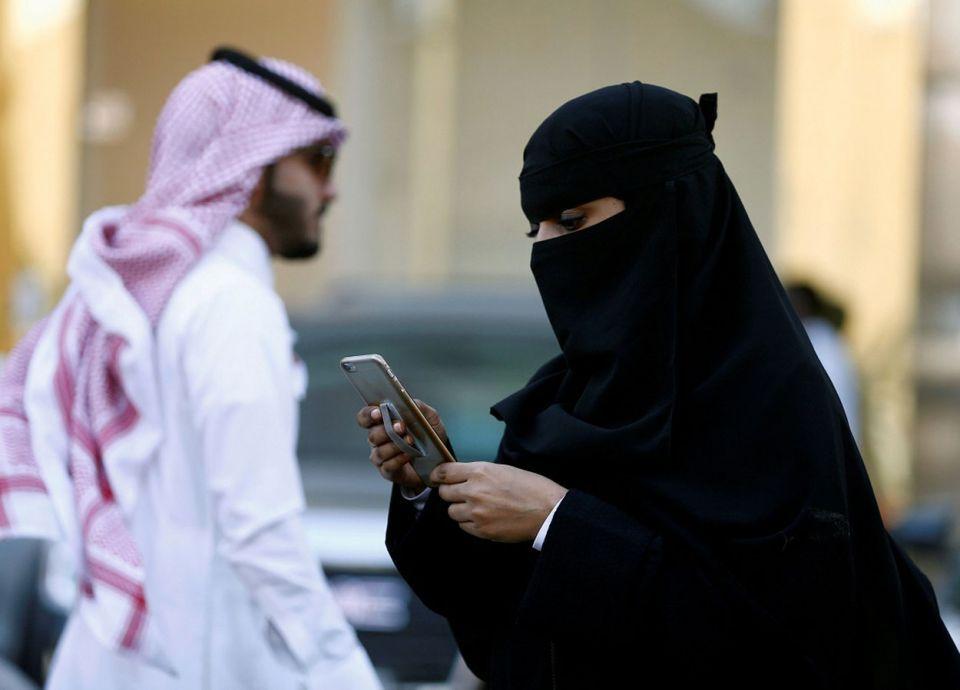 أكبر شركة اتصالات سعودية تؤكد أن أسعارها جاءت بموافقة هيئة الاتصالات