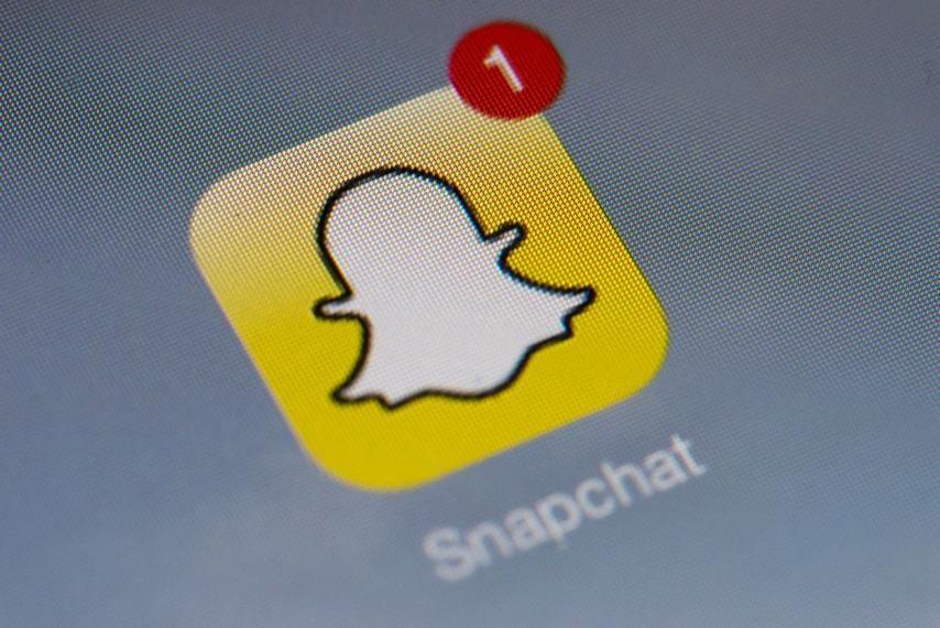 سناب شات يتيح للمستخدمين مشاركة المنشورات خارج التطبيق