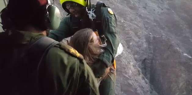 إنقاذ سائحة أوروبية تعرضت لسقوط في وادي شوكة برأس الخيمة