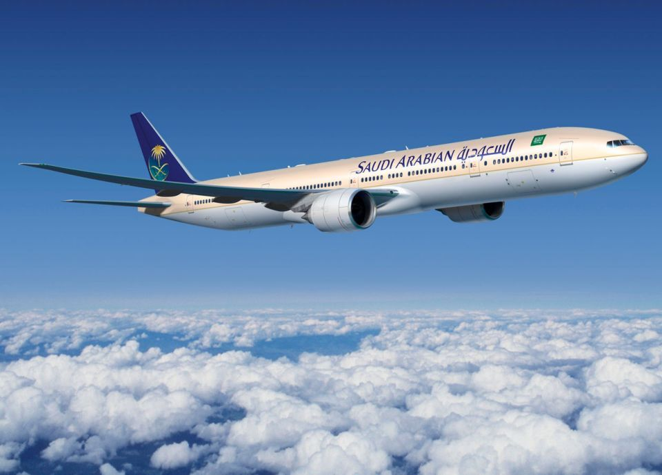 الخطوط السعودية: وظائف الطيارين متوفرة ومتاحة