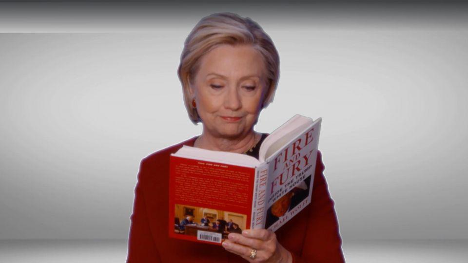 كلينتون تقرأ من كتاب النار والغضب خلال حفل جوائز جرامي