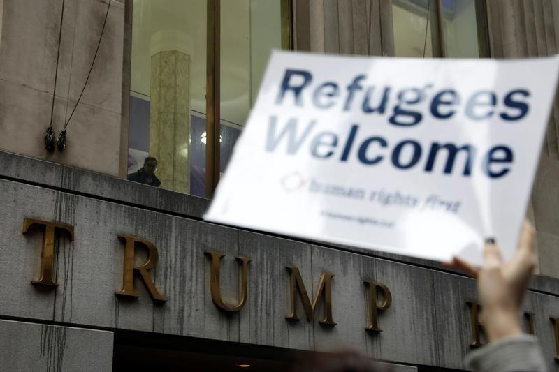 أمريكا تستأنف قبول اللاجئين من 11 دولة شديدة الخطورة