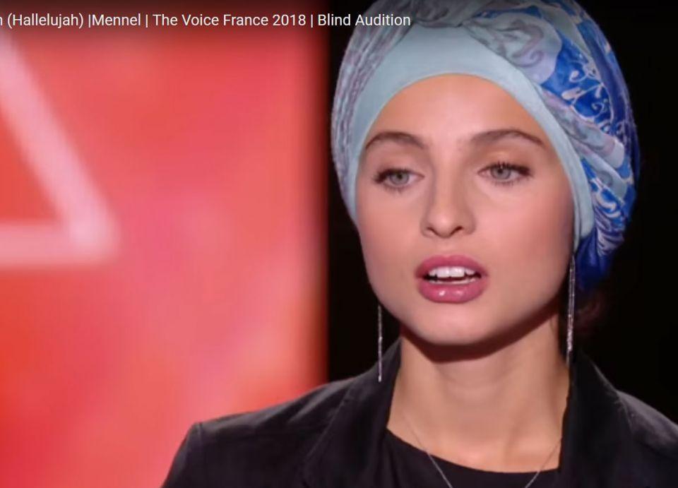 منال فرنسية من أصول عربية تلفت الأنظار بمسابقة ذا فويس