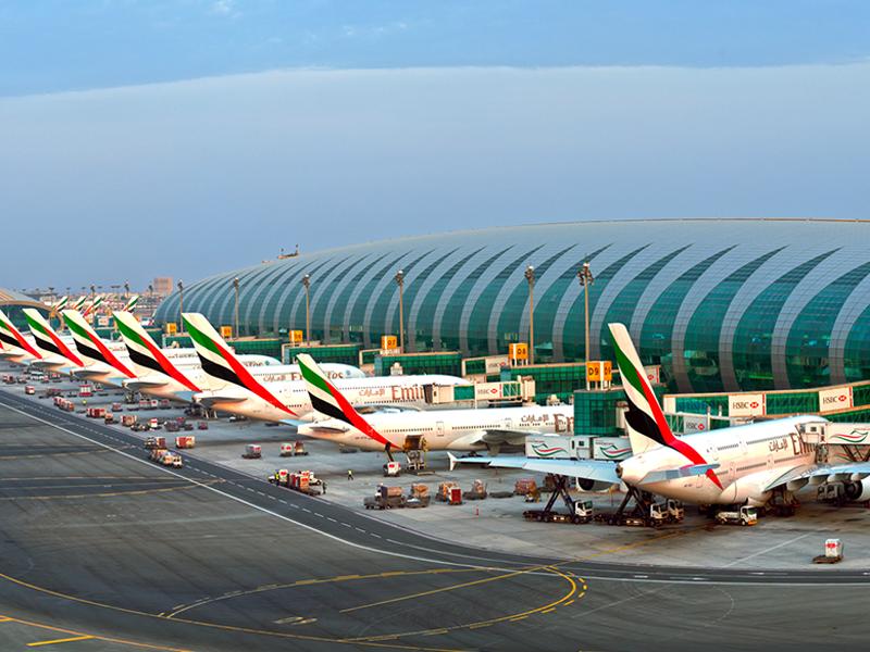 طيران الإمارات توقع صفقة شراء 36 طائرة من طراز إيرباص A380