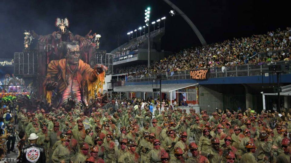 شاهد مواكب الرقص في كرنفال ساو باولو