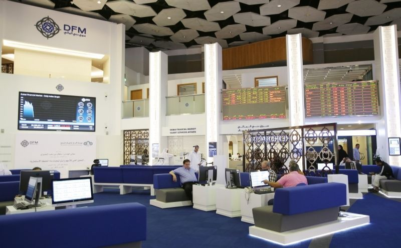 أسواق المال الإماراتية تتماسك بدعم من القطاع العقاري
