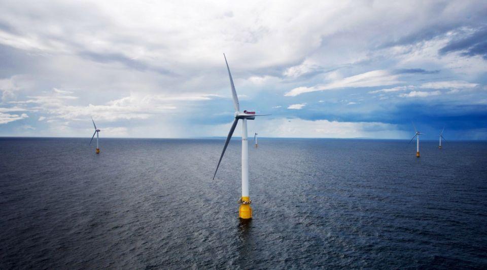 مصدر أبوظبي: نتائج تشغيلية استثنائية في محطة هايويند سكوتلاند لطاقة الرياح