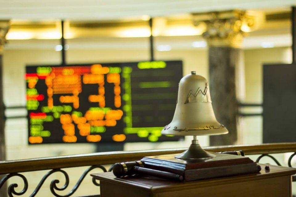 أداء ضعيف لبورصات الخليج ومصر ترتفع بدعم من بنك كبير
