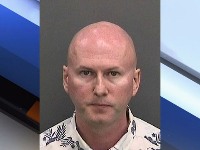 اعتقال مدرس سافر من دبي إلى فلوريدا لهتك عرض قاصر