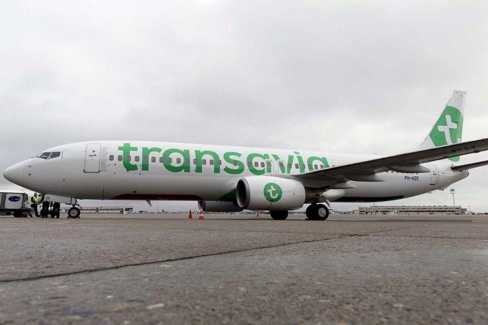 مسافر أطلق غازات معوية تسببت بهبوط اضطراري لطائرة من دبي