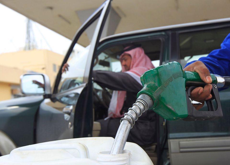 السعودية: الدفع في محطات الوقود بالهواتف الذكية قريباً