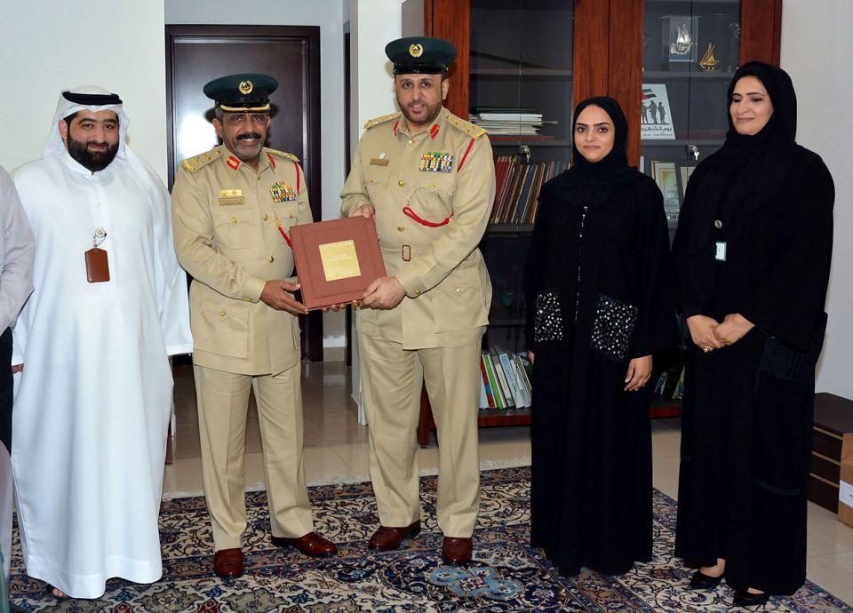 شرطة دبي تشيد بإصدارات مركز استشراف المستقبل