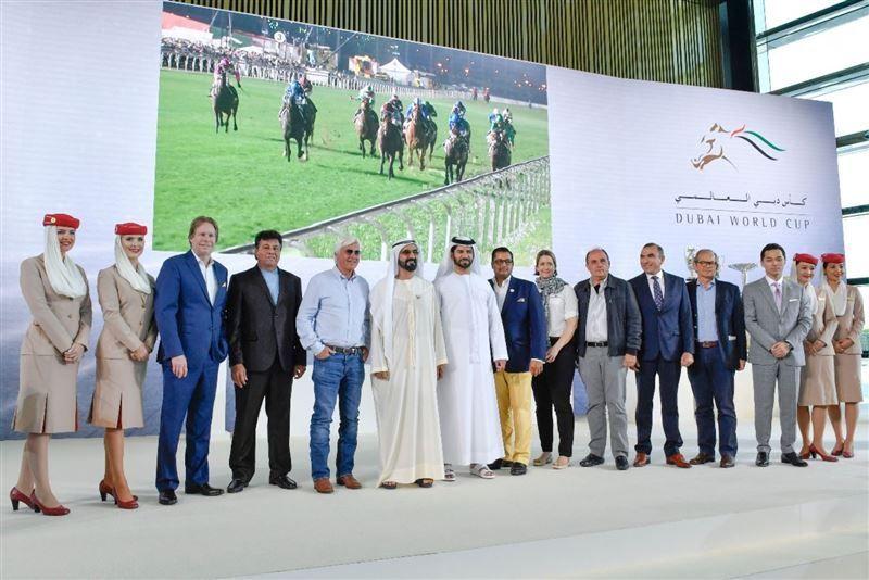 محمد بن راشد يحضر حفل قرعة كأس دبي العالمي لسباق الخيل
