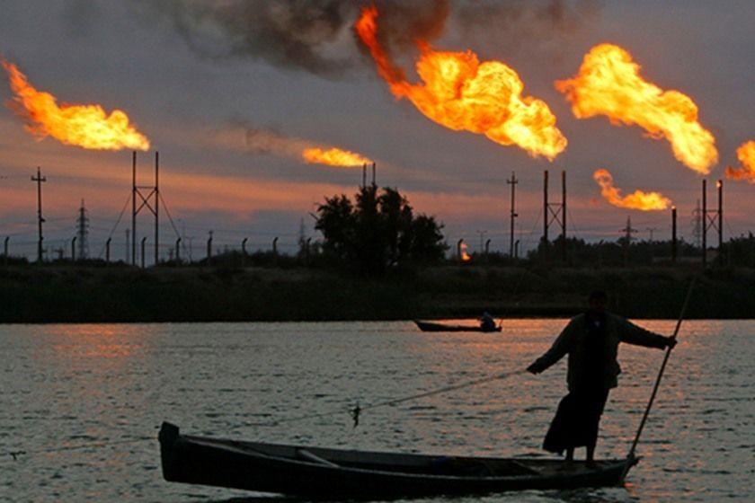 النفط سيصعد في 2018 مع استمرار شد الحبل بين أوبك والإنتاج الأمريكي