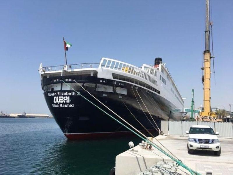 سفينة إليزابيث 2 تتحول إلى فندق عائم في دبي