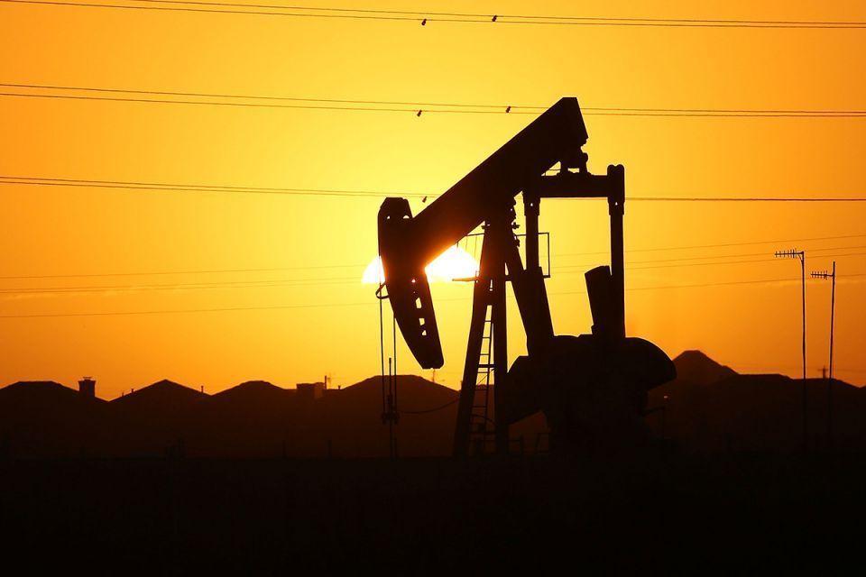 الضربة الجوية المحتملة على سوريا تقفز بأسعار النفط إلى مستوى قياسي