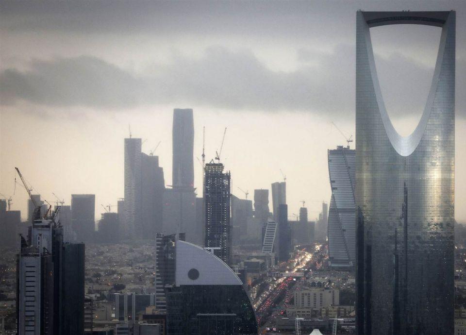 السعودية تشهد ارتفاعاً كبيراً في عدد الشيكات بدون رصيد