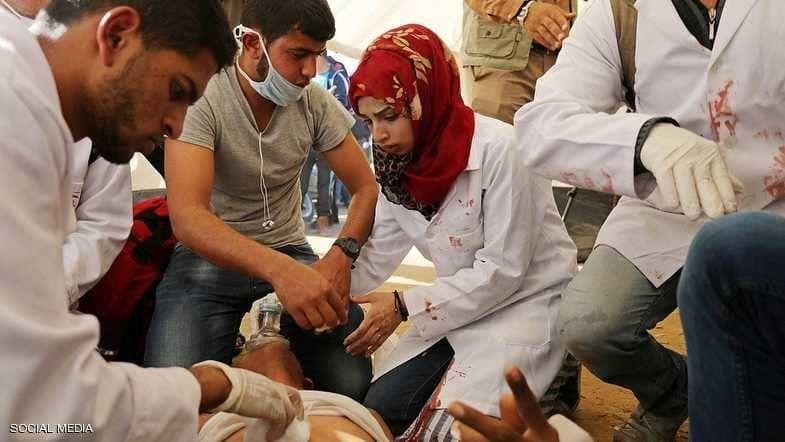 استشهاد مسعفة فلسطينية في الجمعة العاشرة للاحتجاجات في قطاع غزة