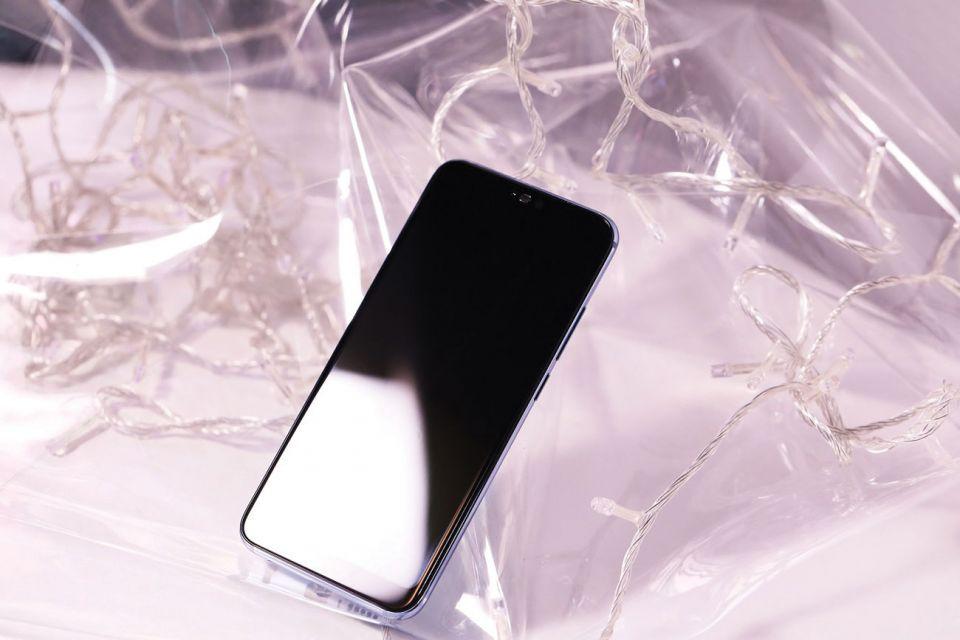جديد التقنية: هاتف هونر 10 وألوان الأورورا