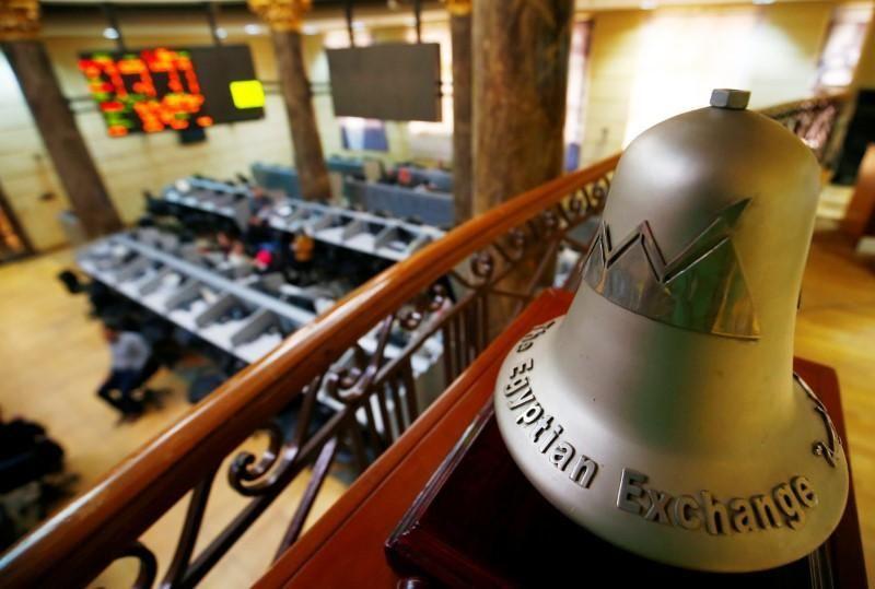 تراجعات حادة في بورصة مصر قبل قرارات متوقعة بشأن أسعار الوقود