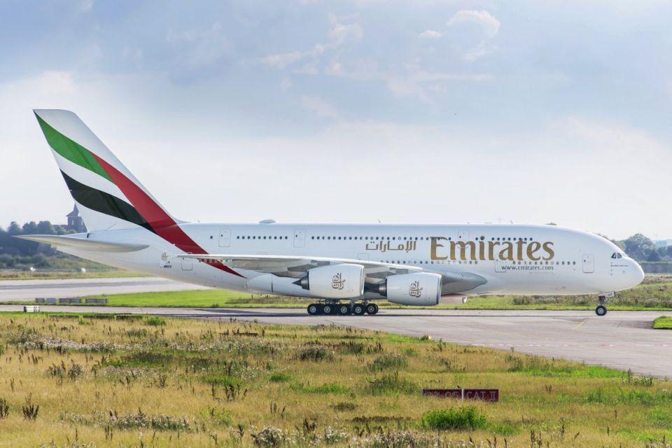 طيران الإمارات تشغل أول طائرات بنوافذ افتراضية