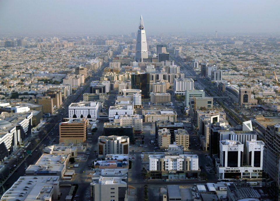 الاستثمار الأجنبي بالسعودية الأدنى في 14 عاما