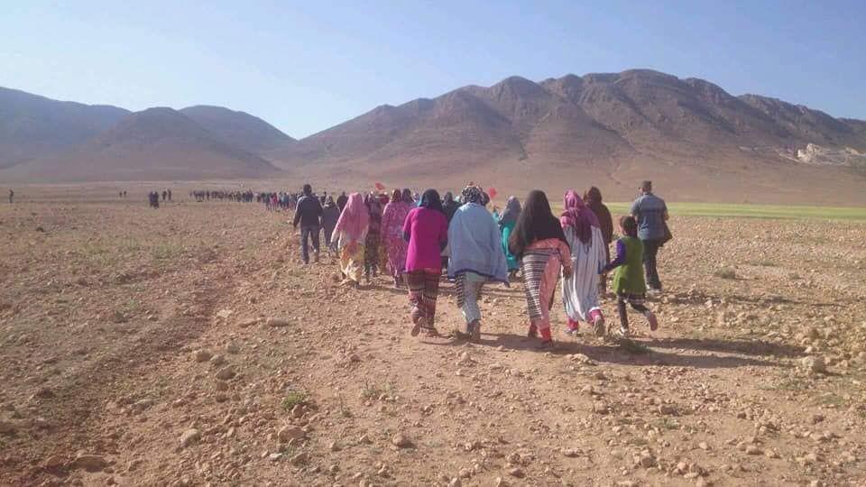 فيديو: اعتقال شاب تبعه الآلاف إلى جبل في المغرب بحثا عن كنز